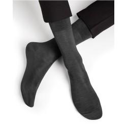 Chaussettes fines en fil...